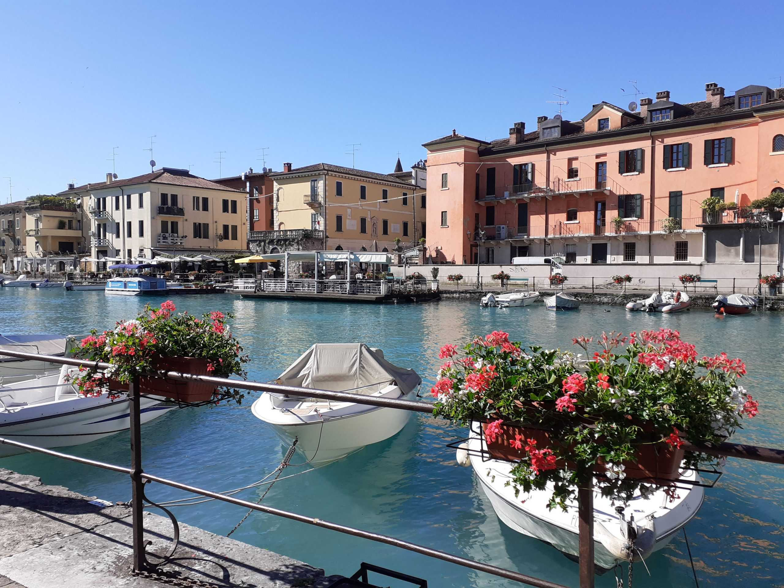 Mincio-Fluß in Peschiera del Garda