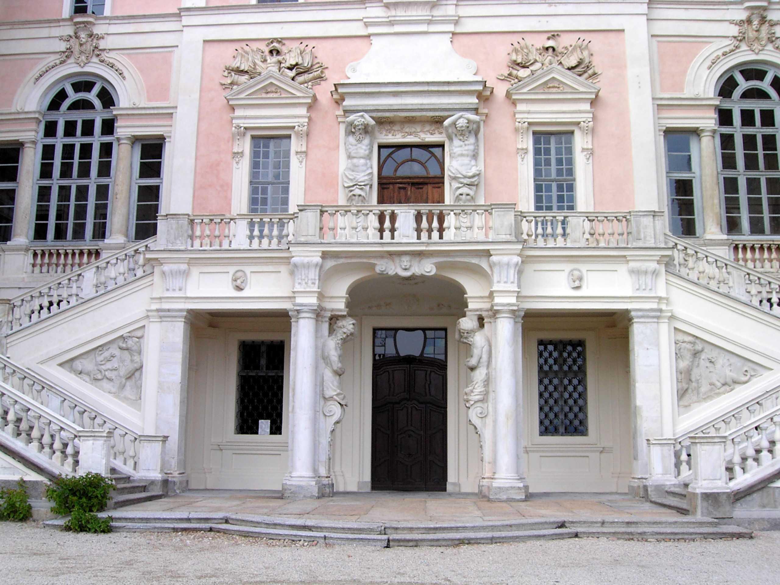 Das Schloss von Govone